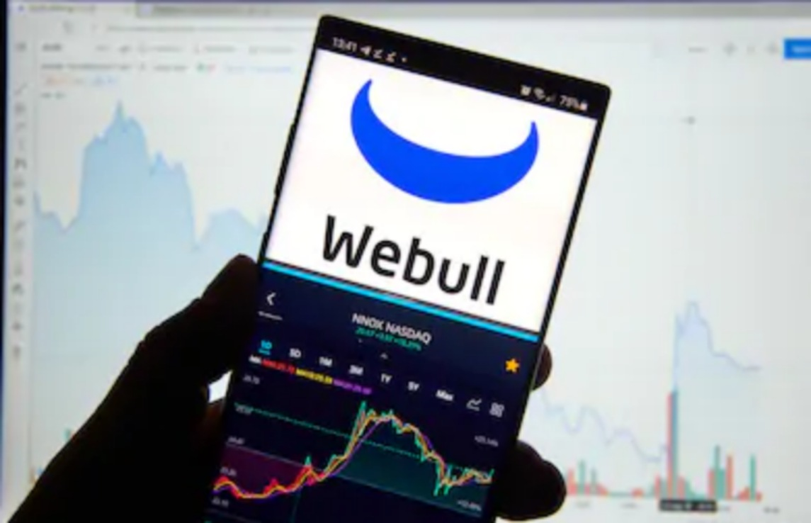 Webull CEO Makes A Case for Bitcoin Hitting The $50,000 Mark Before Next Year