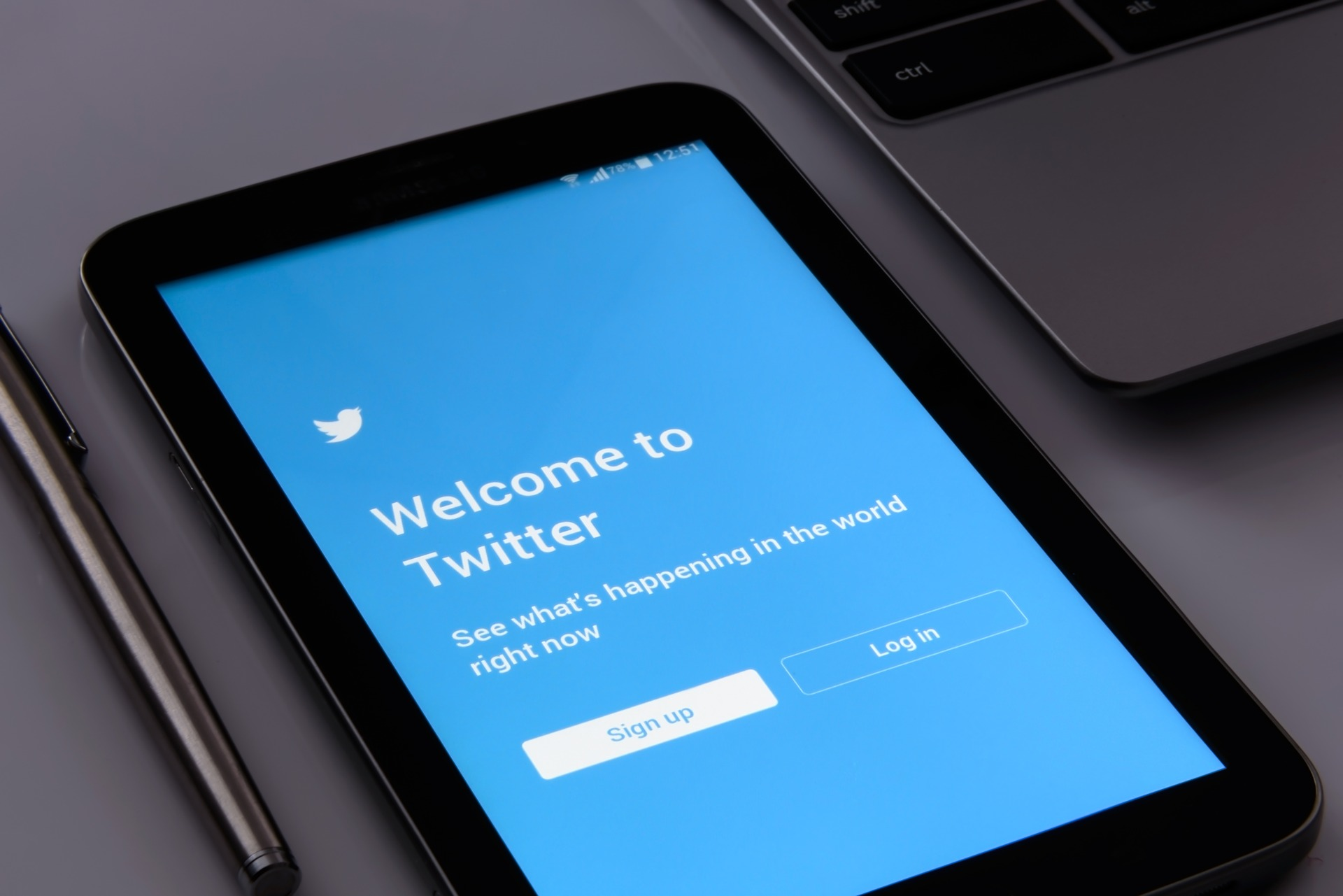 Twitter Enables Bitcoin Tipping Services For All iOS Users