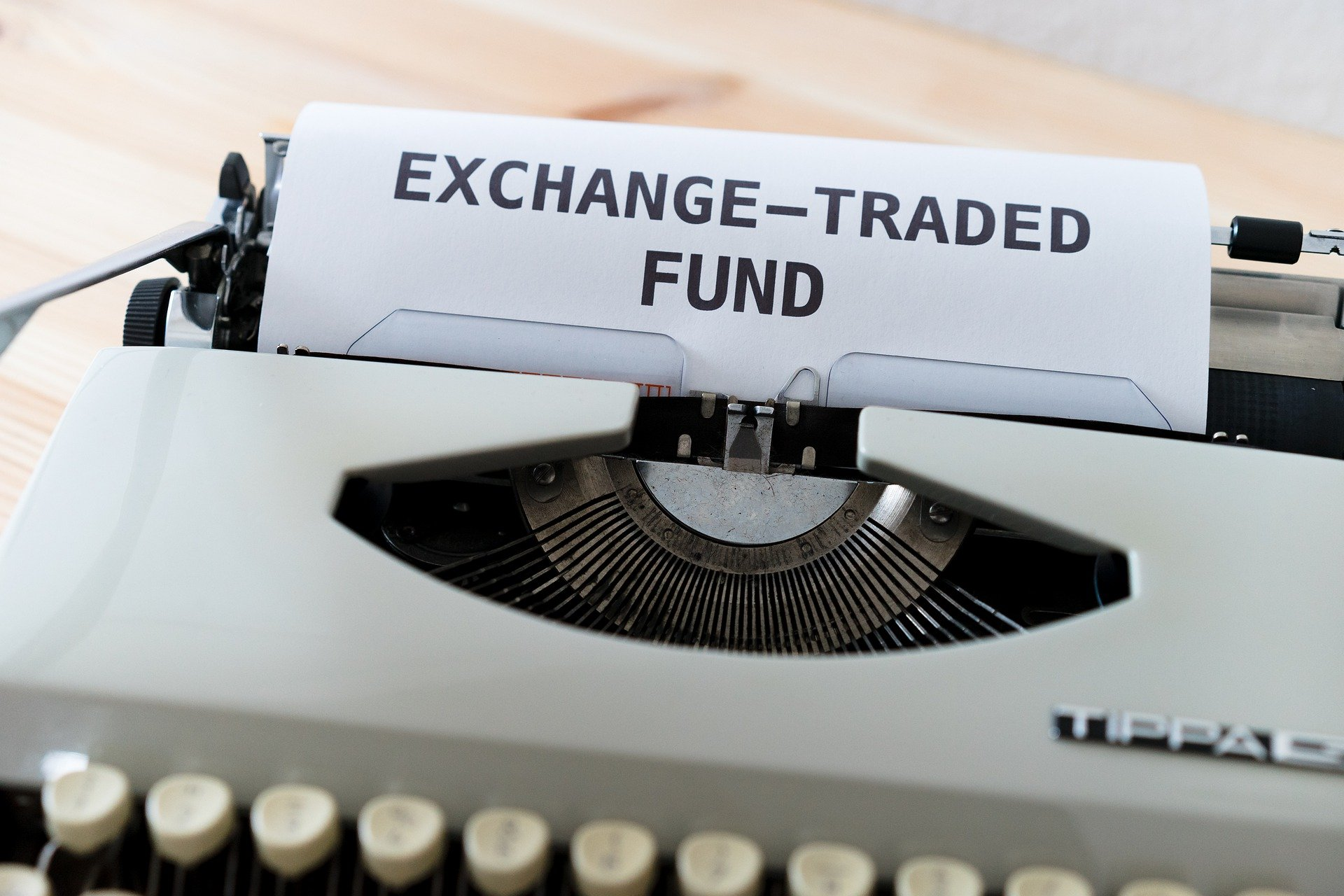 SEC May Approve Futures-based Bitcoin ETF, Bloomberg Analyst Says